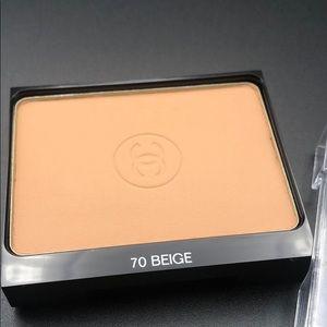 Chanel la tient ultra tenue 70 Beige face powder